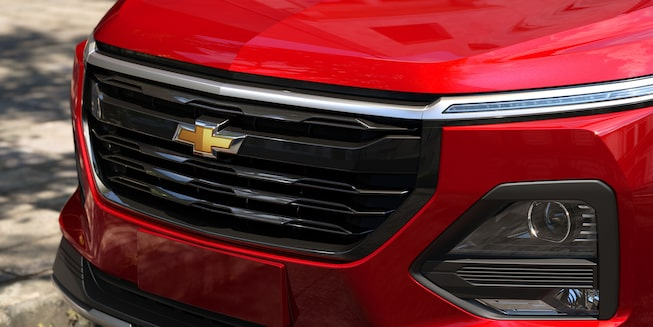 Parrilla Angular integrado al nuevo Chevrolet Captiva 2022